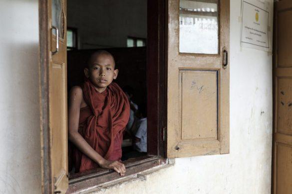 Novicios birmanos: Un largo camino a la espiritualidad